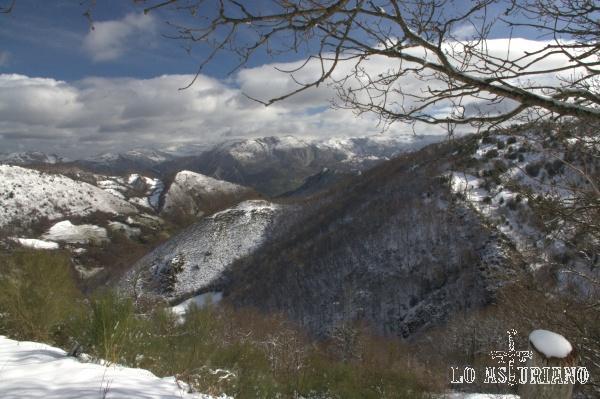 Paisaje de invierno en el concejo de Teverga.