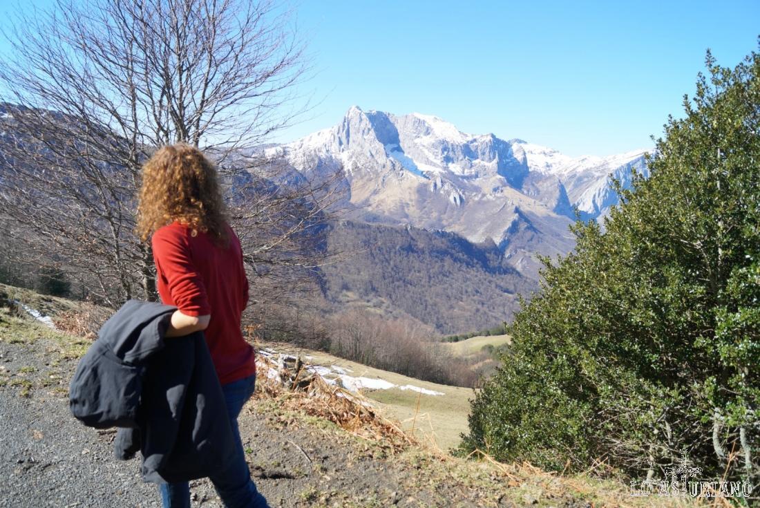 Como os comenté esta ruta tiene siempre vistas montañeras extraordinarias.