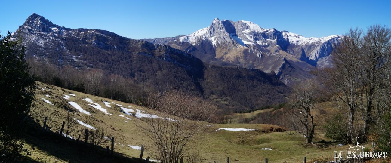 De izquierda a derecha: Recuencu y pico Tiatordos.