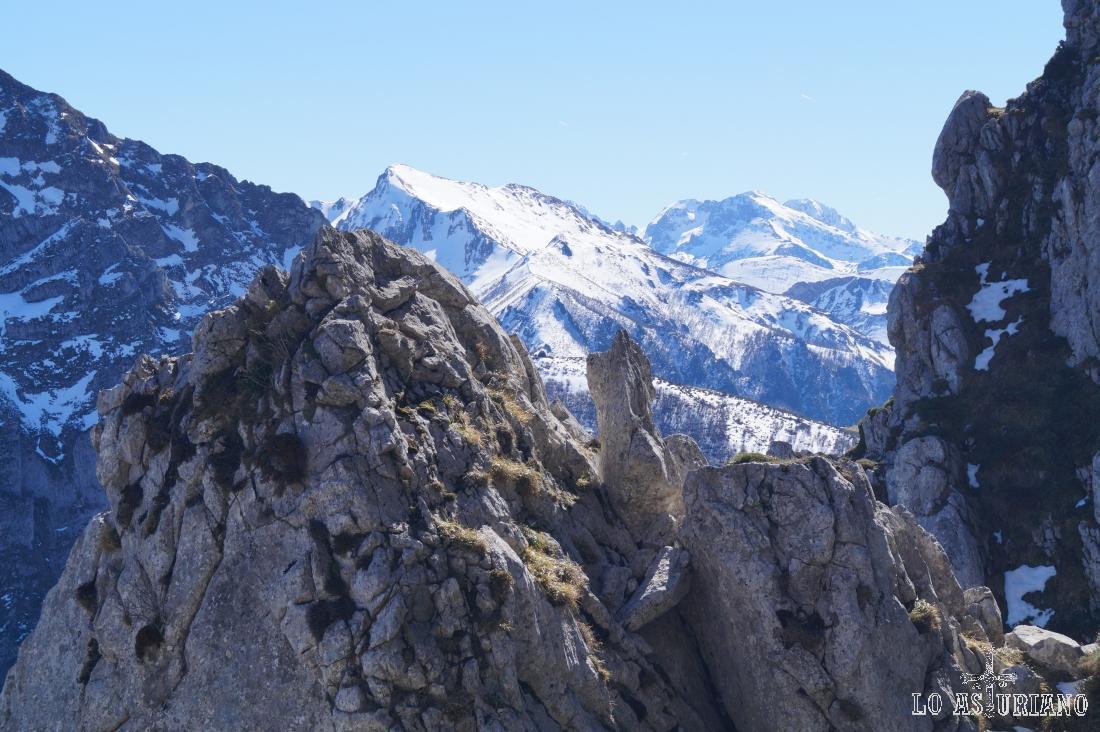 Peña Ten, con 2142 metros de altura.