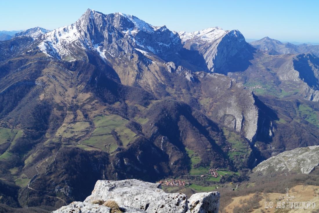 El Tiatordos, peña Taranes, Sobrefoz, Yano, el monte la Trapa, la Xerra del Pando...