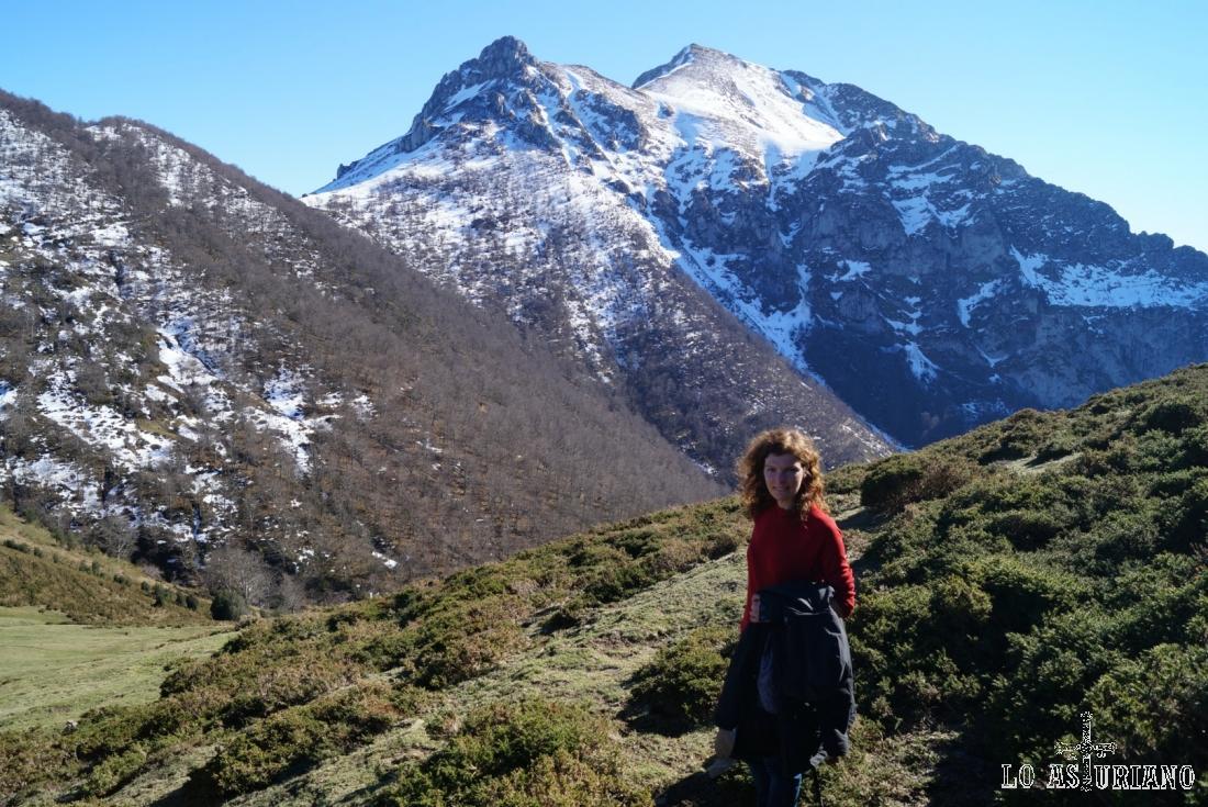 La collada Pumarín, el pico Luengu y el Colláu Zorru, Parque Natural de Ponga.