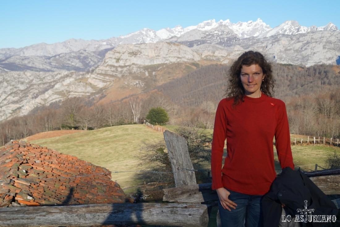 Magnífica estampa de Los Picos de Europa y de las majadas de Les Bedules.