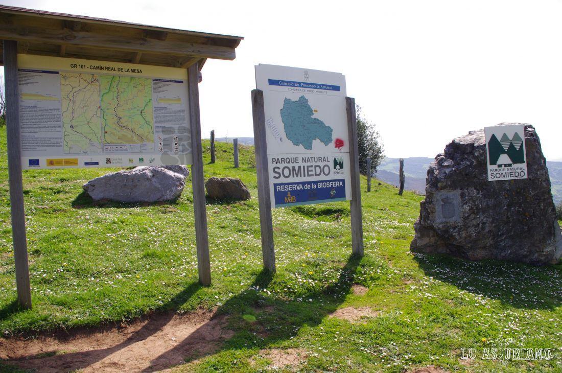 """Entrada al Parque Natural de Somiedo desde el Puerto de San Lorenzo. Ahí tenéis una de las rutas más preciosas, que va desde este punto hasta la braña somedana de la Corra. Es una de las """"imprescindibles""""."""