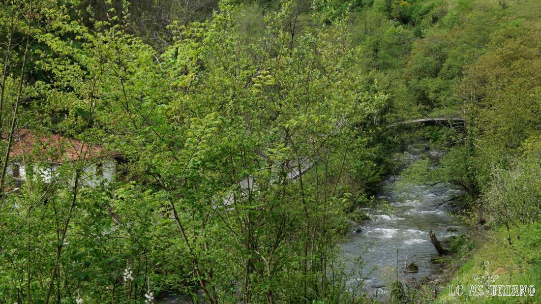 El río Teverga, Las Ventas y el puente.