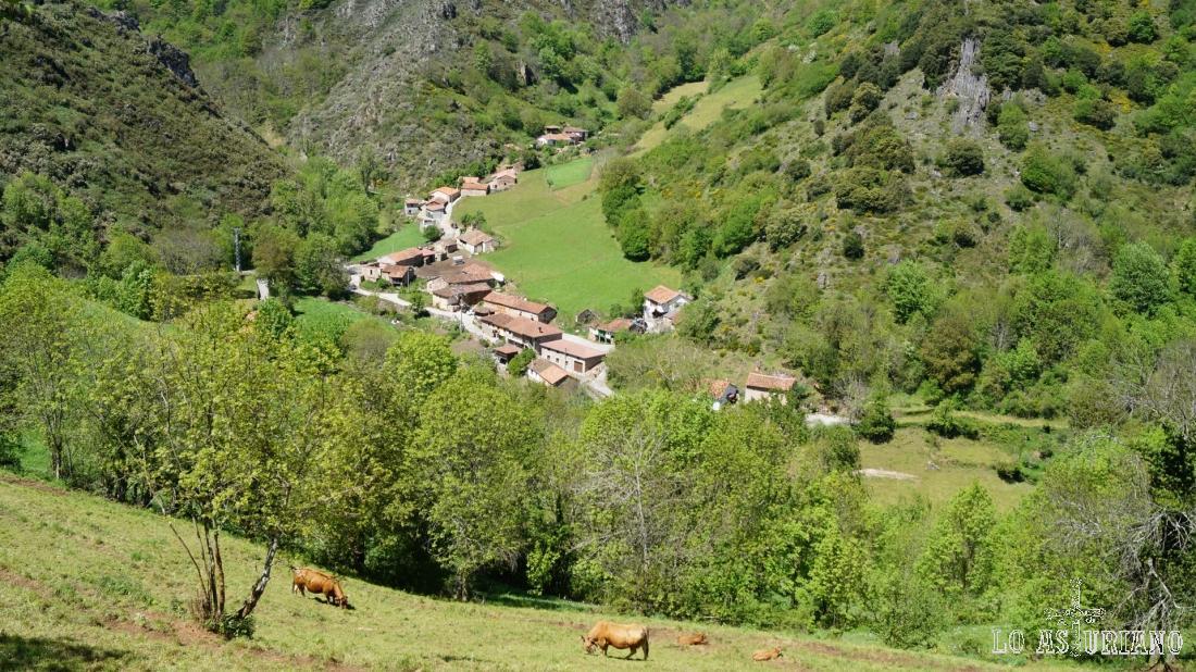 Majada y casas de Aguino.