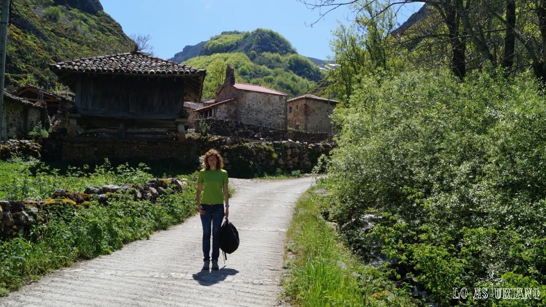 La ermita de San Juan y San Antonio, en Perlunes, Somiedo.