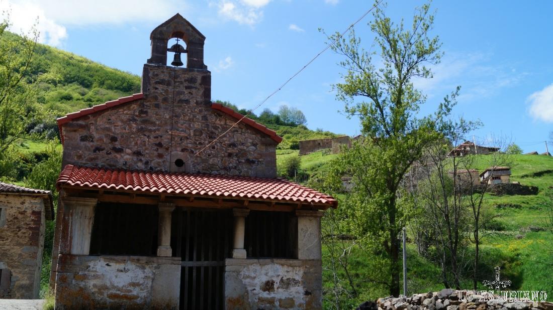 Ermita de San Juan y San Antonio, en Perlunes, Somiedo.