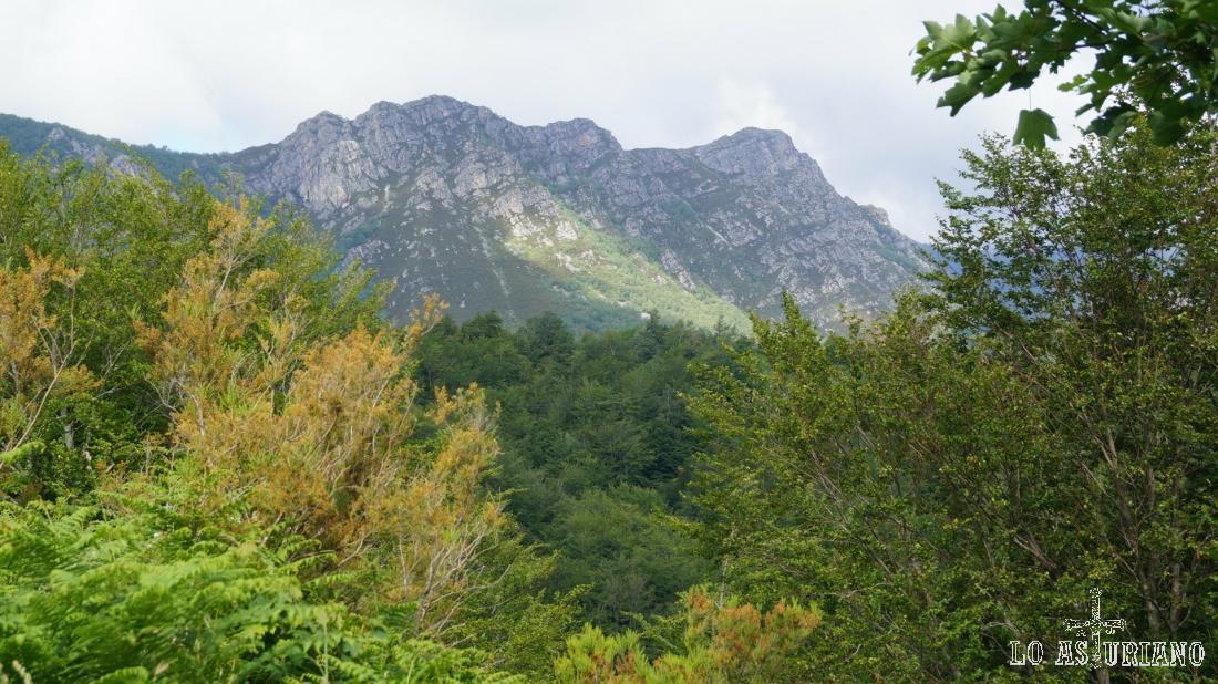 Los montes de Carroceda.