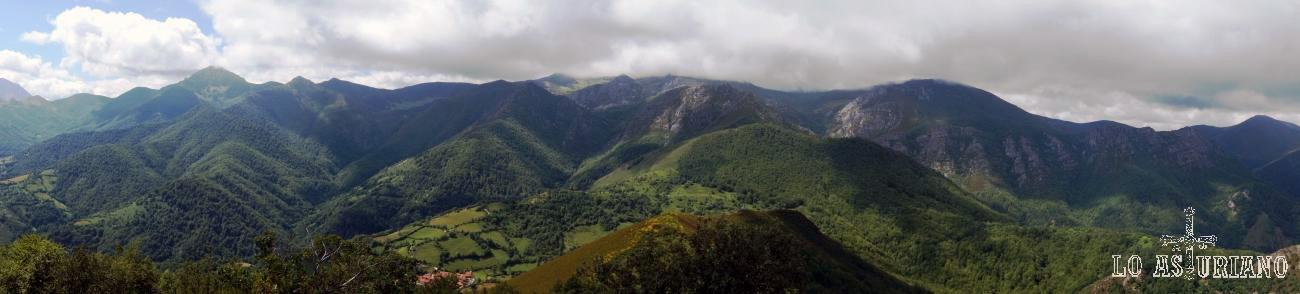 El precioso entorno en el que está el pueblo de La Focella. Vistas desde la Peña Vigueras.