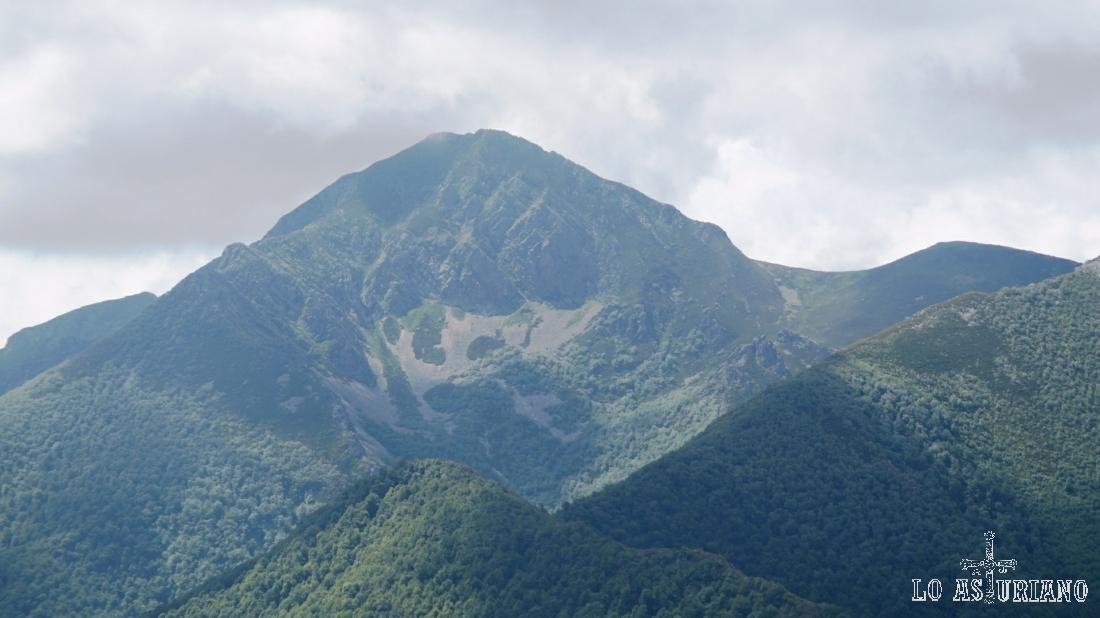La Ferreirua, de 1976 metros.