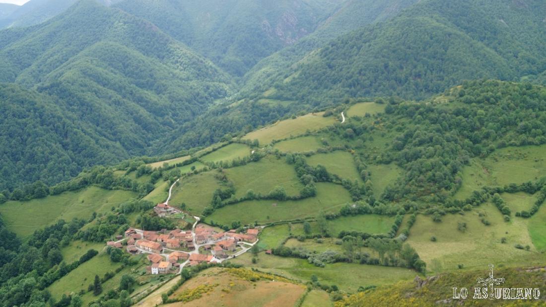 A Fociella puedes llegar fácilmente desde la carretera del puerto de la Ventana.