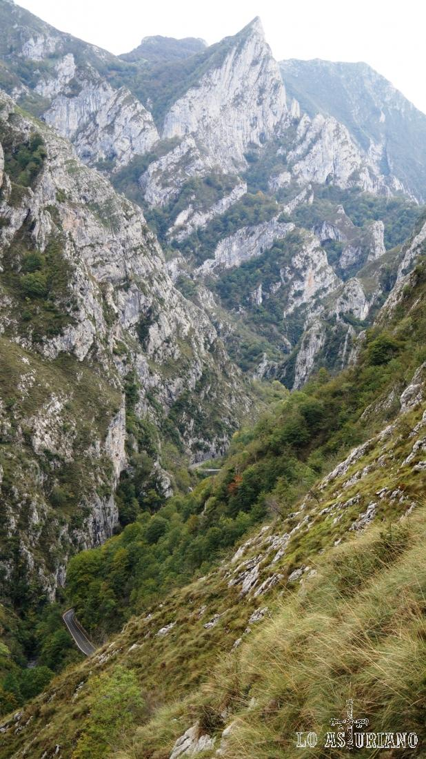 El final de Asturias y el principio de León ante nosotros.