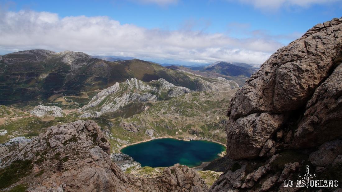 Desde las laderas del pico Albo Oriental, en Somiedo, Asturias.