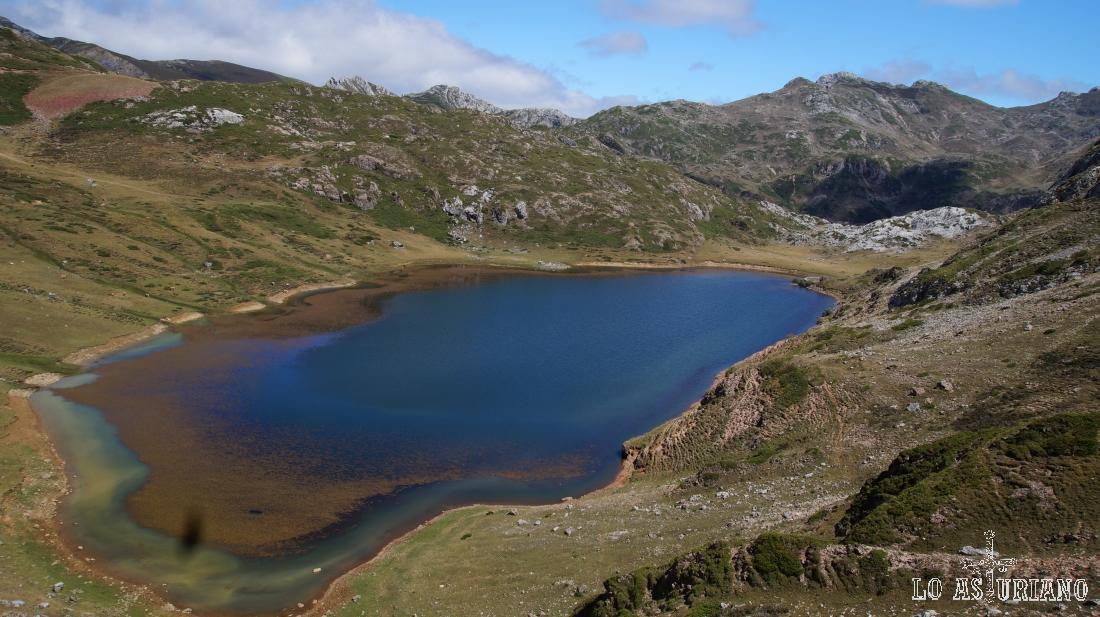 Hemos llegado prácticamente a la altura del lago.