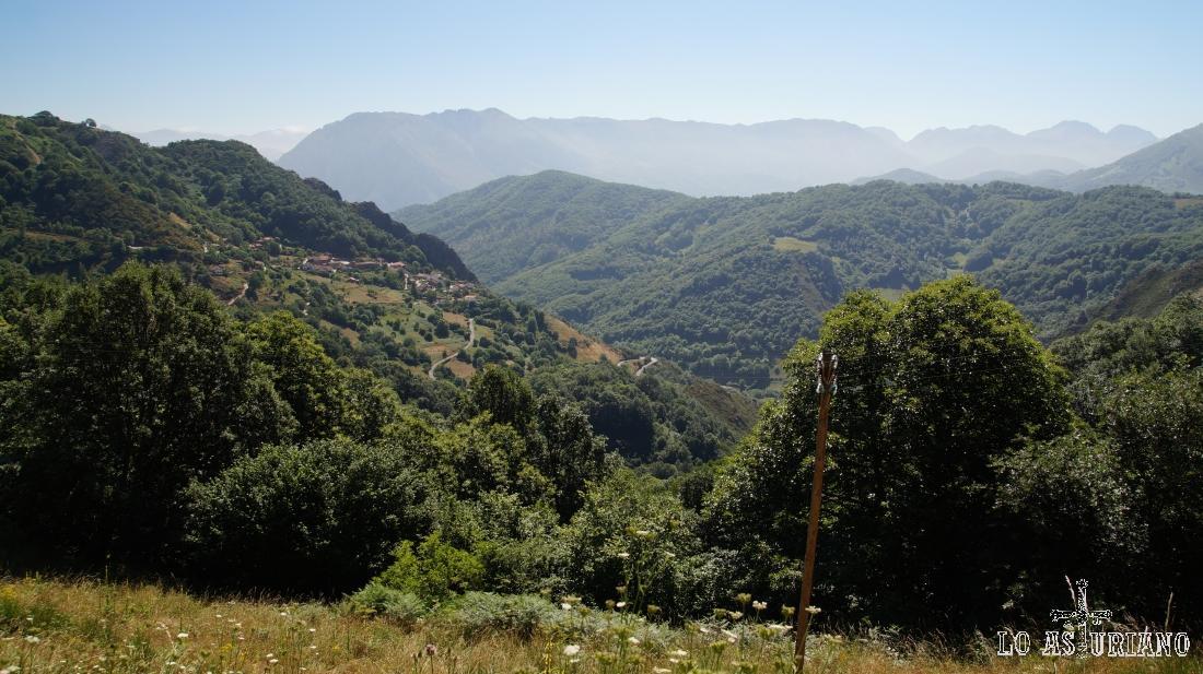 Urría, en el precioso valle del río Taja, Teverga.