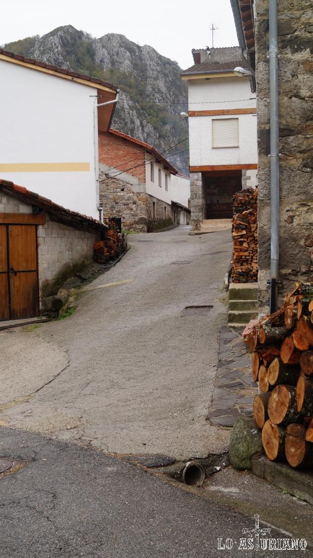 Calles de Pendones, Caso.