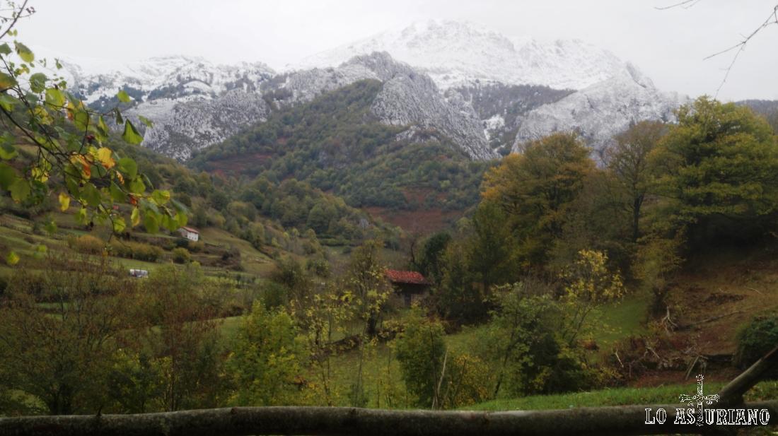 El pico Tiatordos, Parque Natural de Redes, Asturias.