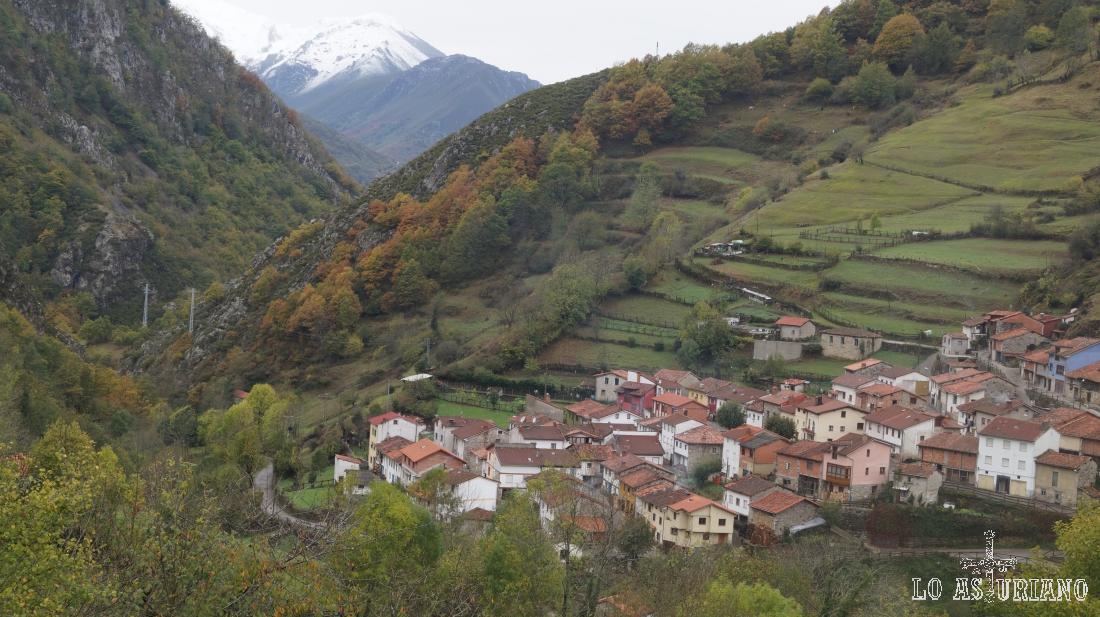 Preciosa vista de Pendones, en Caso, Asturias.