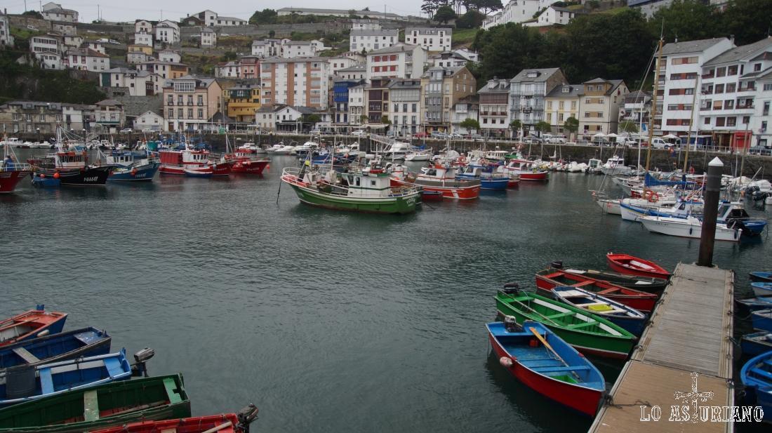 El espectacular pueblo marinero de Luarca, Valdés, Asturias.