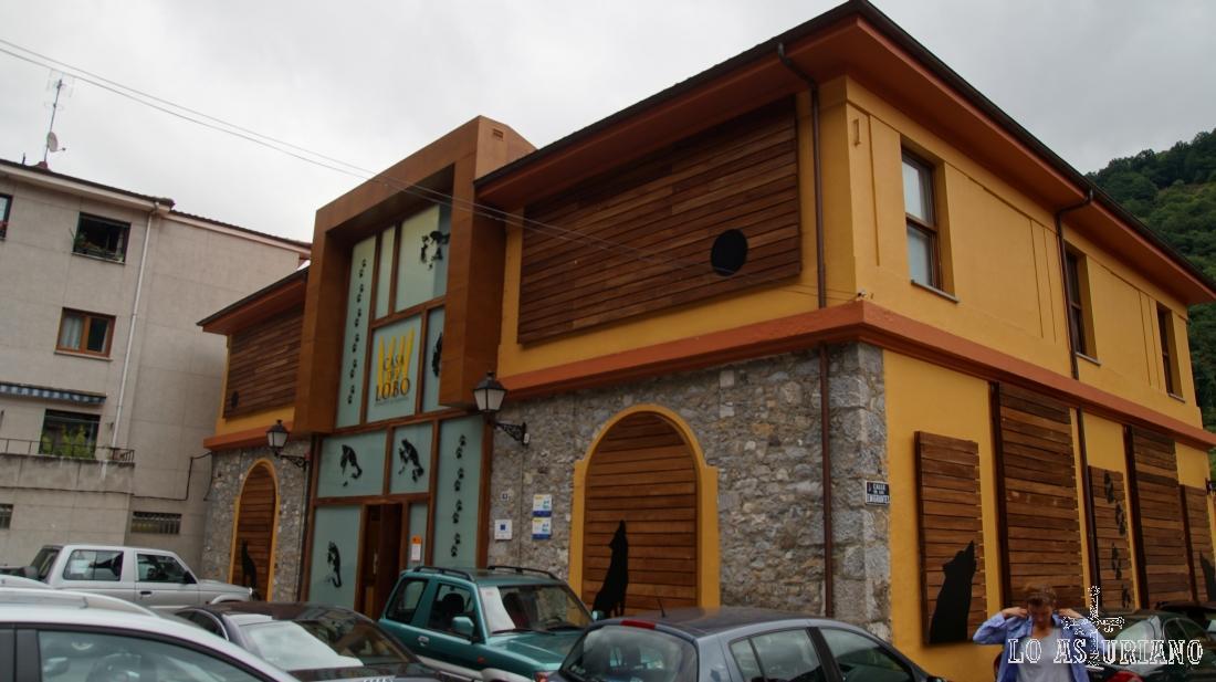 La Casa del Lobo, en Belmonte de Miranda, en Asturias.