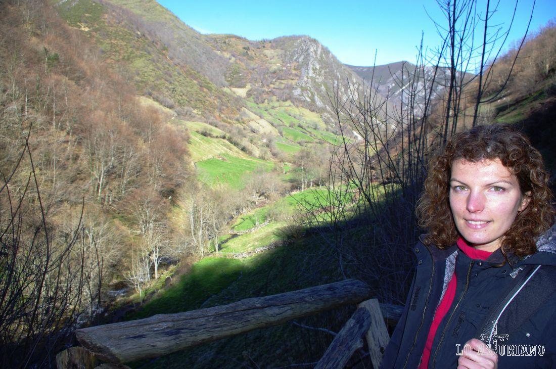 El valle del Pigüeña, ya muy cerca de Pornacal. Los colores corresponden a finales de febrero.