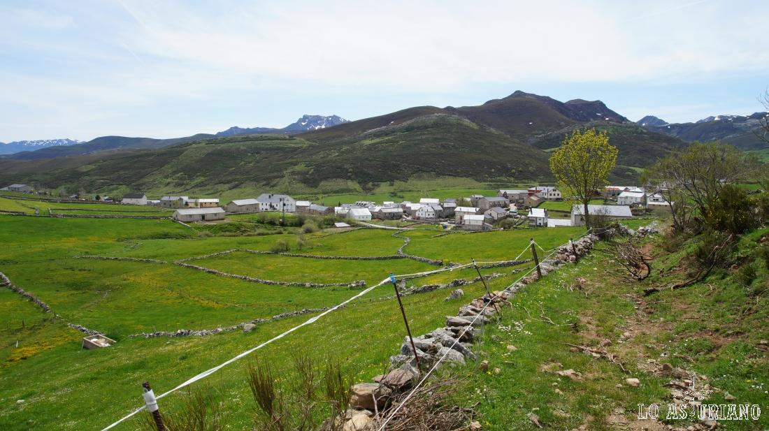 PR AS 16, ruta a la peña Salgada, Somiedo, Asturias.