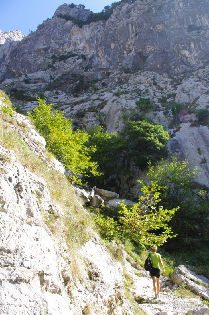 Estos 4 km los puedes subir, tranquilamente en 1 hora y pico, según tus piernas.