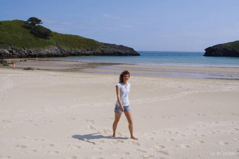 Nada como un paseíto por la playa de Barro: arena blanca y dura, excelente para la circulación!