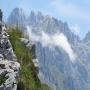 Macizo occidental de Picos de Europa, llegando a la cima del Priniellu.
