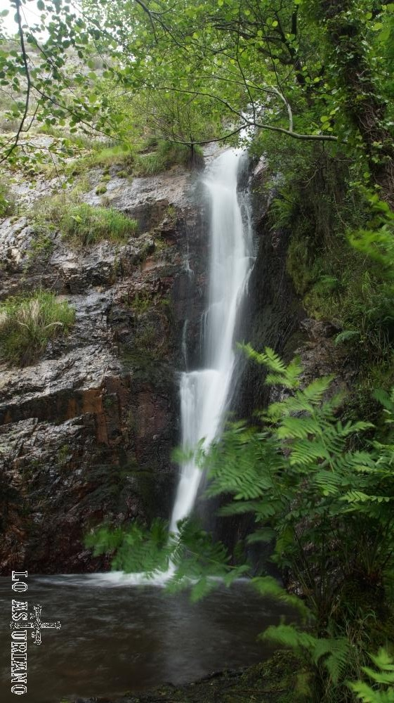 La cascada de Méxica, en Ponticielo, Villayón, Asturias.