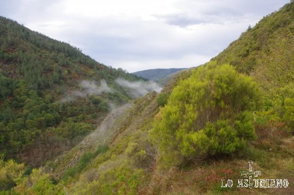 Magníficas vistas del valle del Turía, desde la senda Teixois - As Veigas.