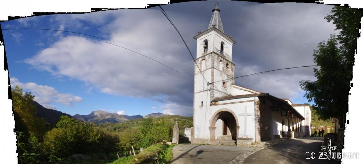 Iglesia de San Andrés, que data de 1805, y está junto al río Alba.