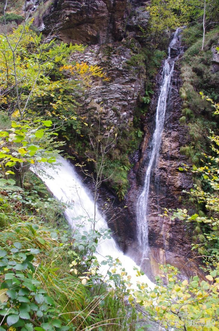 Cascada en la zona de la Pontona.