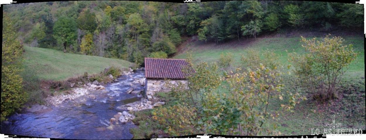 Desde el puente del Retortoriu, el río Alba.