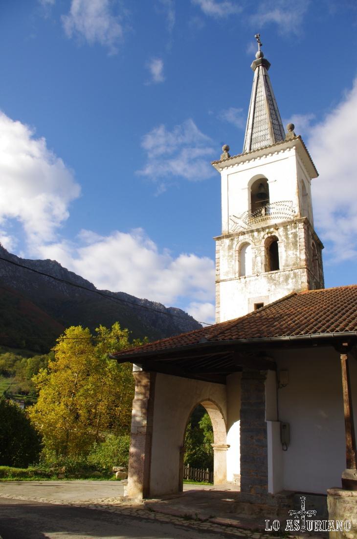 Campanario de la iglesia de San Andrés, de 1805.