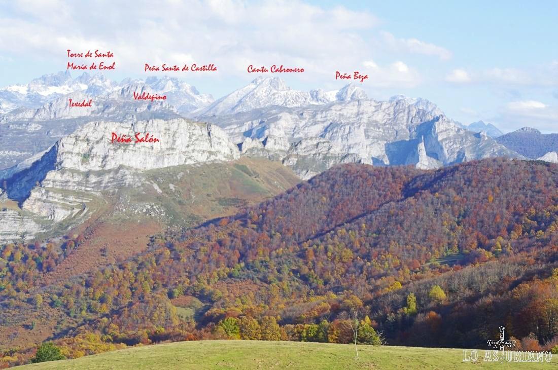 Picos de Europa desde el mirador de la collada de Ponga.