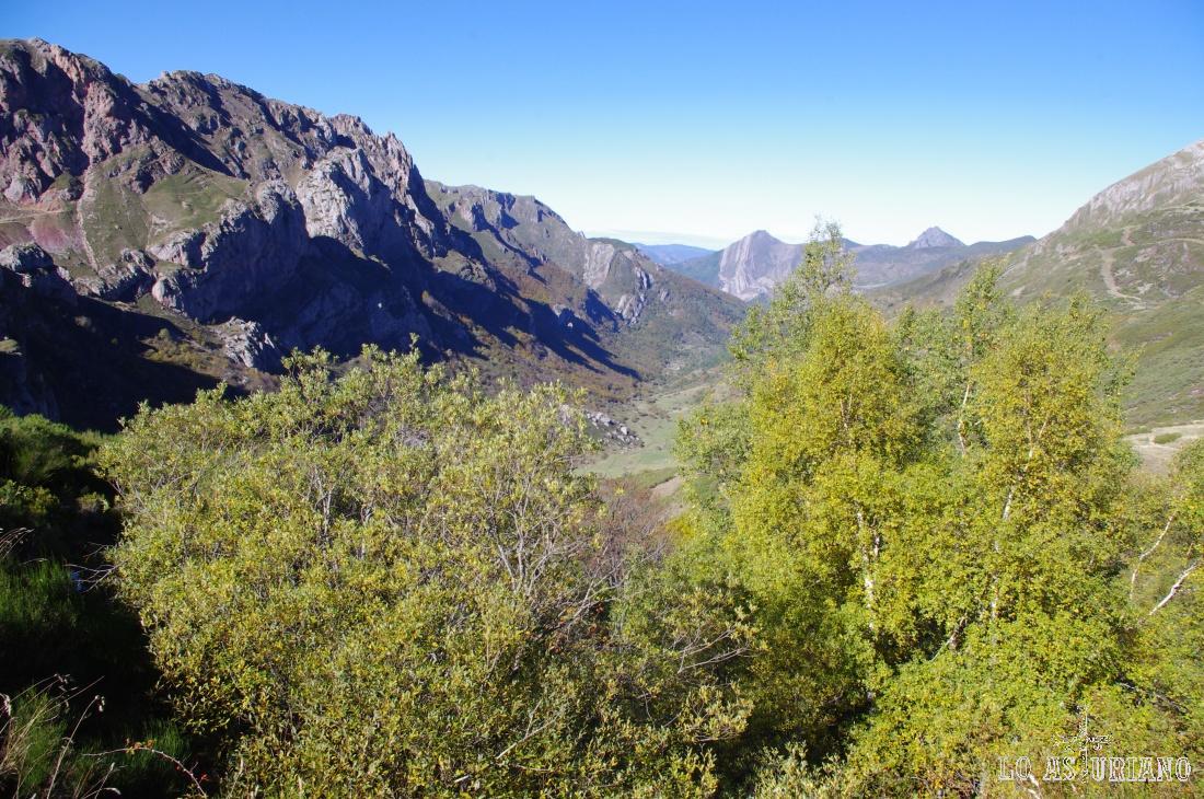 Preciosas vistas del mes de noviembre, en el valle somedano de Saliencia.