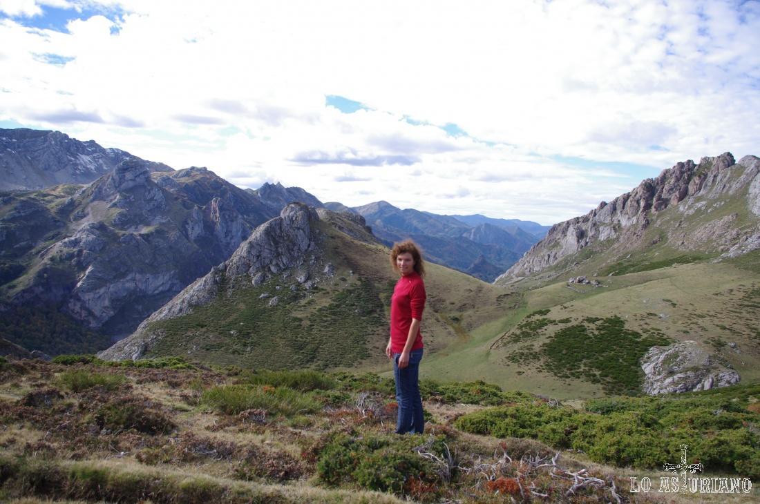 Pico la Minga, 1754 msnm, justo en el centro de la foto.