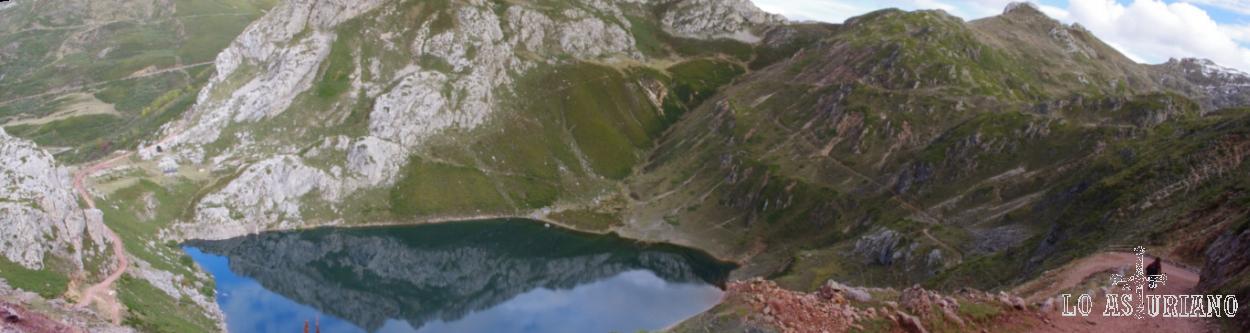 Lago de la Cueva.