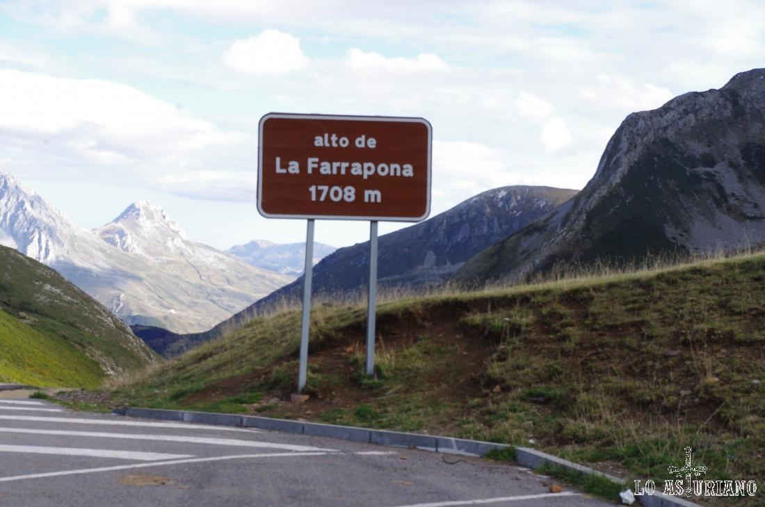 Fin de la ruta en el Alto de la Farrapona.