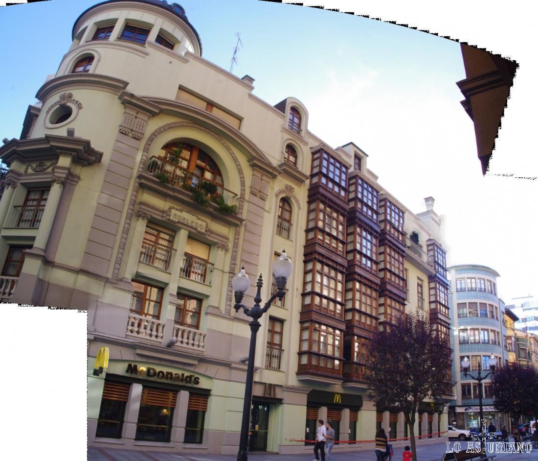 Entorno de la Plaza de Begoña, en el centro de Gijón.