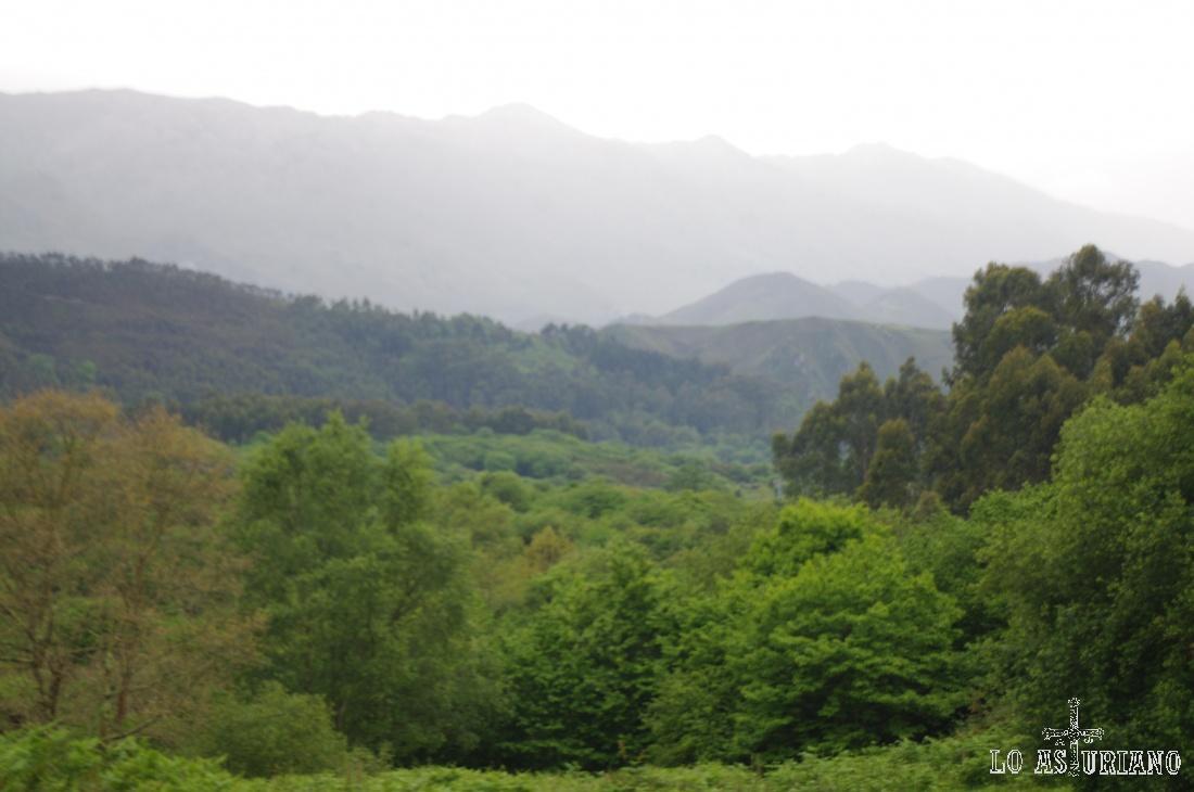 La sierra del Cuera, de nuevo, vista desde Llanes.