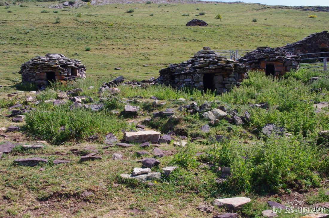 Brañas de la Mesa; corros de piedra.