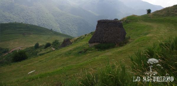 Las empinadas laderas de Las Morteras de Saliencia.