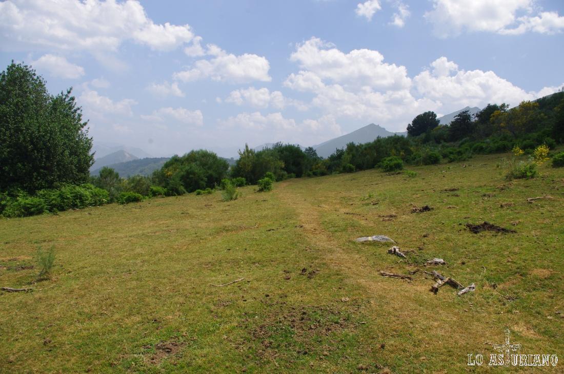 Camino en Teverga
