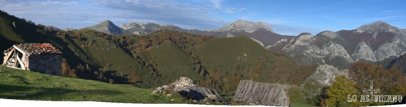 Panorámica de la fabulosa majada de Cerreu; al fondo, el Tiatordos y el Maciedome.