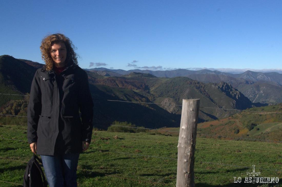 El Cordal de Santa Marta y la sierra de Monreal, al fondo.