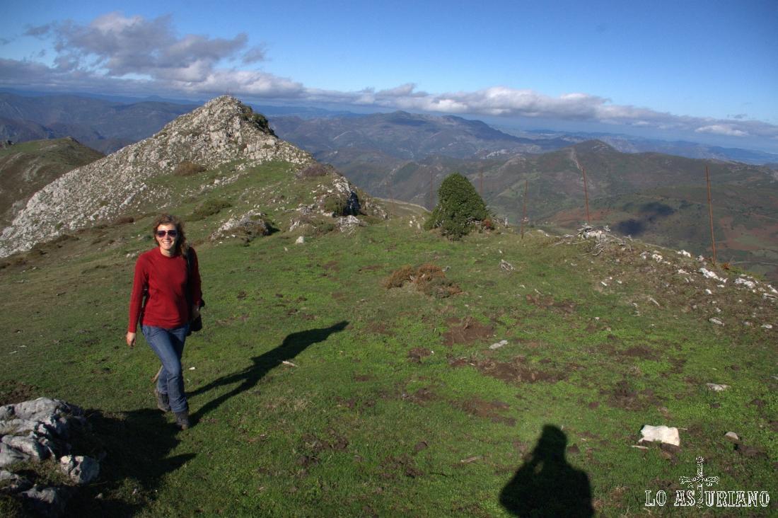 La punta del fondo es la Punta del Michu, de 1644 metros.