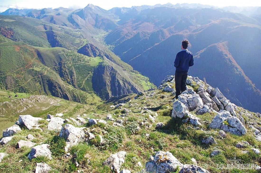 Magnífico mirador en el Michu y entorno, del valle de Saliencia.